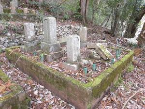 墓2.JPG