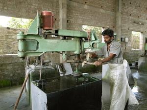 インドの工場1.jpg