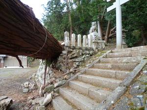 左近神社22.JPG