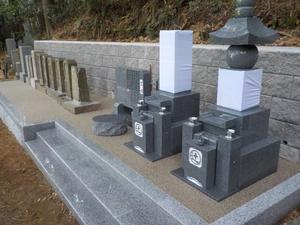 20190703擁壁(墓石)10.JPG